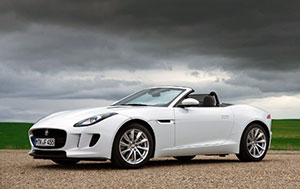 Jaguar F-Type, 2013 год